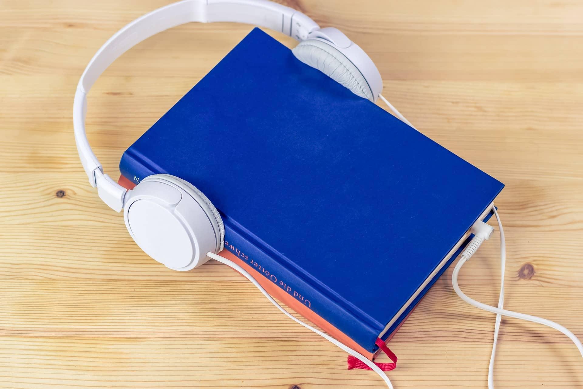 10 Bestseller  Audiobooks For Social Media Marketing 2020